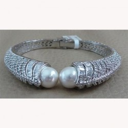 Designer Silver Pearl Bracelet