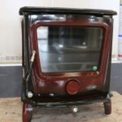De Vielle Firefront Door Fuel Stove, Belleek Red Enamel Fuel Stove ...
