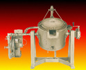 Heat Treat Furnaces / Center Pivot Tilting Melters