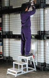 Fixed Step Ladders