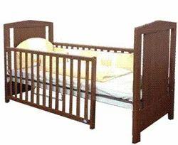 Bonny Extend Crib Bed