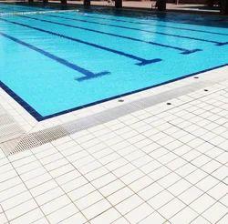 Swimming pool Fountain